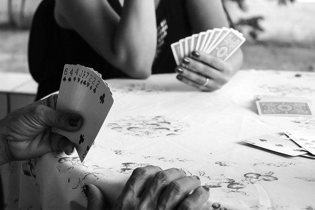 Astuces pour identifier un bon pronostiqueur pour vos paris